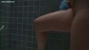 Sarah Hunter Bathing and Masturbating