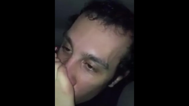 Peppe Fetish Lecca i Piedi a Una Vrenzola Napoletana